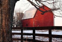 Barns barns,barns....memories,days n pawpaw's hay lofts / by Debrah Cooper Spencer