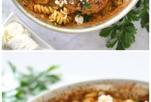 chicken recipes / by Lily Bergeron