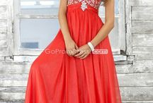 Prom dresses and homecoming / by Marshmallow Sundae