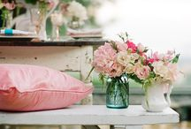 Chic N' Shabby / by Debbie-Anne Parent