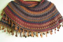 Crochety Things / by Wynter Black
