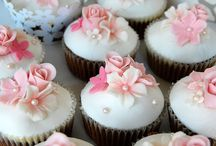 Pretty cakes & cupcakes / cool decorating ideas / by Darla Elsen