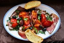 365 Salate oder mehr / Eine Sammlung von 365 oder mehr Salatrezepten. Bitte Beschreibung in der Foodblogger-Gruppe bei FB ansehen.  / by Petra Hildebrandt
