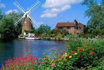 Holland / by Dixie Steele