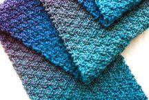 Knitting / by Nathalie Hottot