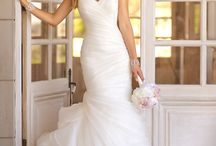 The Perfect Wedding Dresses & etc / by McKenzie Nielson