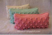 Crochet touché  / by Lydia Tokarz