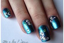 nail art ideas / by Shell Waldron