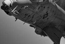 planes / by David Hahn