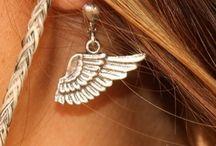 wings n' feathers / by JuNK GyPSY