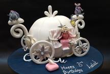 Cool Cakes London / by Milbert Bentham