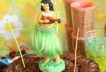 Cake Please / by Amanda Calabro