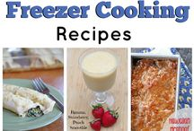 31 Days of Freezer Cooking Recipes / Join me as we celebrate the joy of freezing meals to take the stress off of mealtime prep!  See all of my recipes and cooking tips at 5DollarDinners.com / by $5 Dinners {Erin Chase}