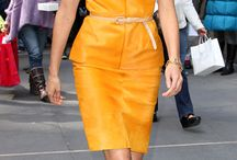 Red Carpet Style - This week in color / Colorful street and red carpet looks / by Rue de Chic
