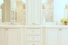 Bathroom / by Julie Kinworthy