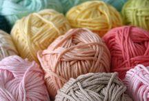 Knitting / by Leandra Wolfe