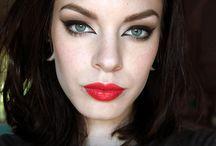 Makeup looks / by Bridget Kelly