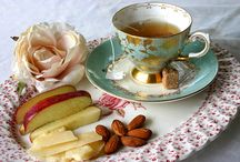 Luncheons And Tea Parties / by Dawn McSweeney Thompson