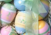 Eggs , Easter / by Veren Evania