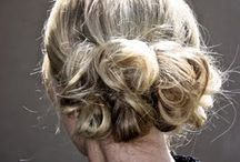 beautiful hair do's / by Rhonda Hall