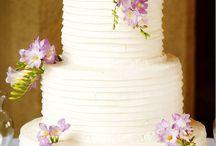 Wedding cake / by Amanda Coleman Albertson