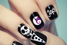 Pretty Nails / Gorgeous nails I wish I had the talent and time for / by Leah Hagemeister