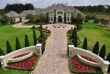 Celebrity Mansions / by Randy Champion