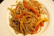 Yummy Recipes / by Nicole Jambrosic