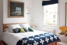 Dormitorio / by Maria Prat