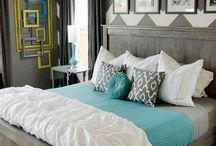 master bed / by Elizabeth Lennartz