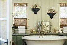 Bathrooms / by Julie Coppock