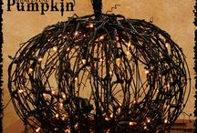 Halloween / by Sarah Homans