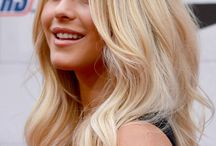 Beautiful hair / by Alexandra Pietra