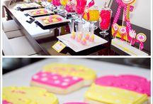 Birthday Parties!! / by Mandi Jones