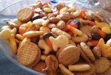 Snacks / by Jami Rudder