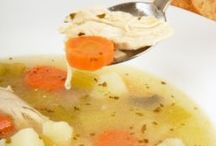 Soups and crockpot dinners / by Liz Lerro