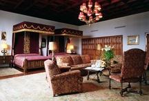 World's Most Amazing Hotel Suites / Las suites más espectaculares del mundo / by Fernando Gallardo