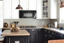 Kitchen / by Wendy Mikson