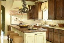 Tuscan kitchen ideas / by Jules Aviles