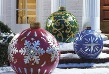 Decorated Bowling Ball Ideas / by Rusty Serigne