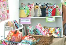 Crafts - Display / by Carla Chagas