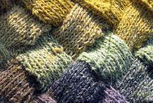 Farver og tekstil / by Astrid Holm