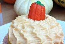 Cake & Cupcake Recipes I want to try / by Kasey Perkins