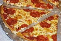 Pizza Pizza! / by Misty Wyatt