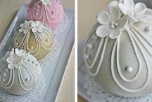 Cake Tutorials / by TooTTi FruiTTi