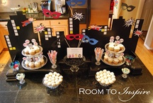 {Super Hero/Comic} Party / by Party Frosting