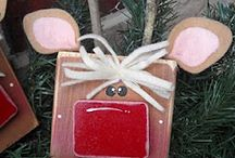 Wood Craft Ideas for any holiday / by Michelle Nelson