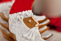Christmas Sugar Cookies / by Phyllis Thomton