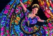 TRAJES TÍPICOS DE MEXICO / Trajes de cada región de México / by Soledad Sáenz López