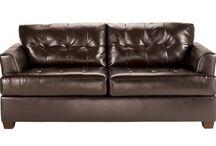 leather loveseat / by Debra Rhodes